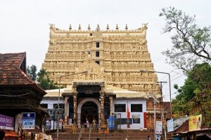 Anantha-_padmanabhaswamy_temple2
