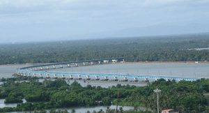 640px-Kochi_City-Vembanad_Rail_Bridge_at_Vallarpadam,_is_the_longest_rail_bridge_in_India