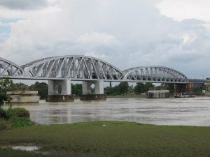 Jubilee_Bridge_From_Chuchura_by_Piyal_Kundu