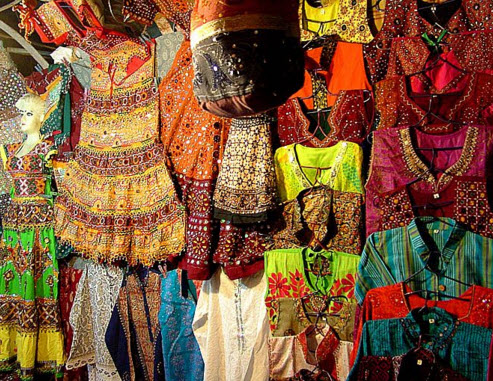 11 Best Shopping Places In Gujarat