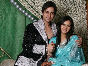 Beautiful-Daljeet-with-hubby-Shaleen