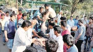 Pune,Inamdar College,Murud Beach,Raigad,picnic,Students